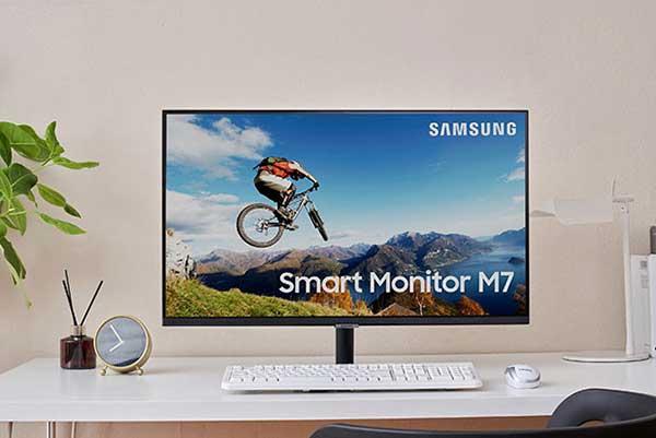 شکل- مانیتورهای هوشمند M5 و M7